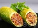 Рецепта Пълнени тиквички по ориенталски с ориз и шам фъстък на фурна